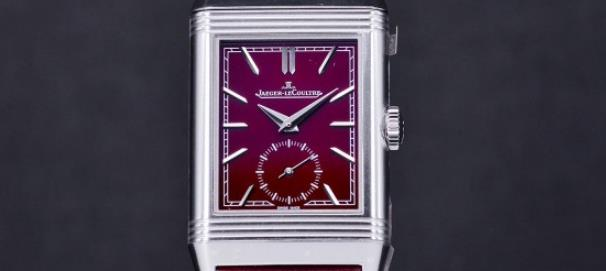The female copy watches have wine red dials.